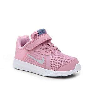 Toddler girl Nike downshifter pink shoes NWOT